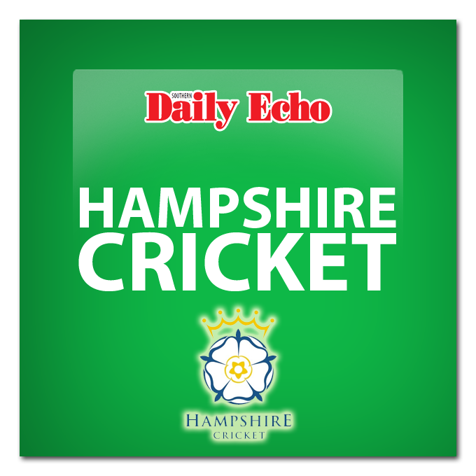 Hants battle to avoid defeat at The Oval