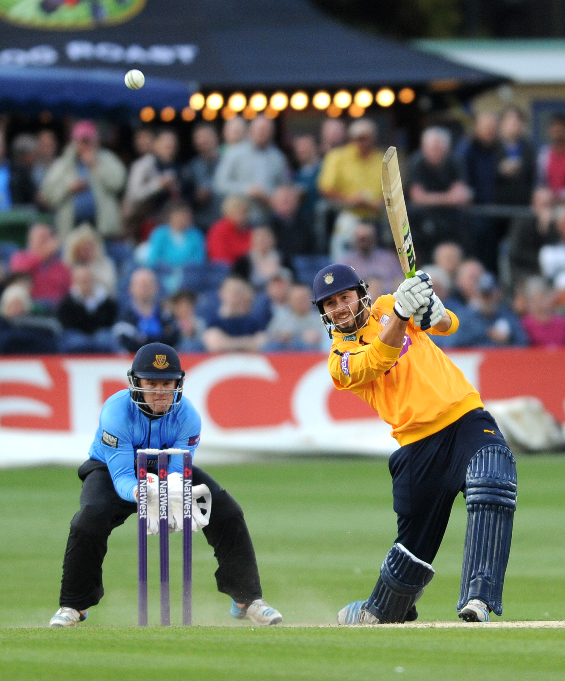 Vince stars as Hants win at Hove