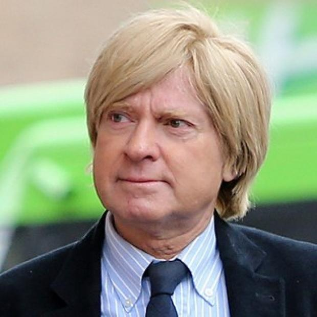 Romsey Advertiser: Michael Fabricant tweeted that he would punch a female journalist in the throat