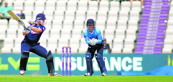 Hants must win last three after rain hits Ageas Bowl